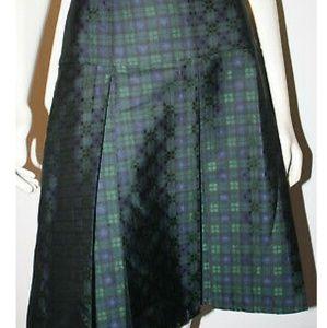 Vineyard vines black watch silk skirt size 12